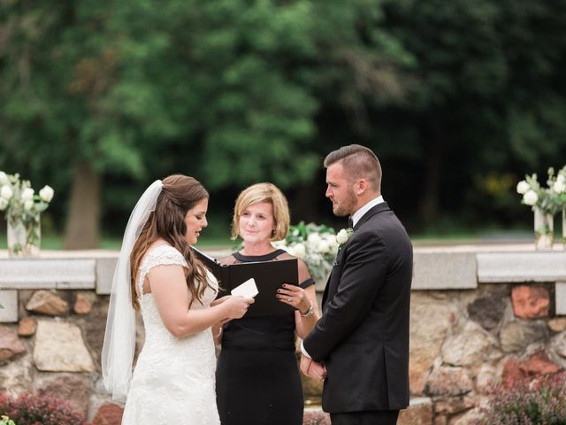 Stephanie and Robert's Wedding in Green Bay, Wisconsin 19