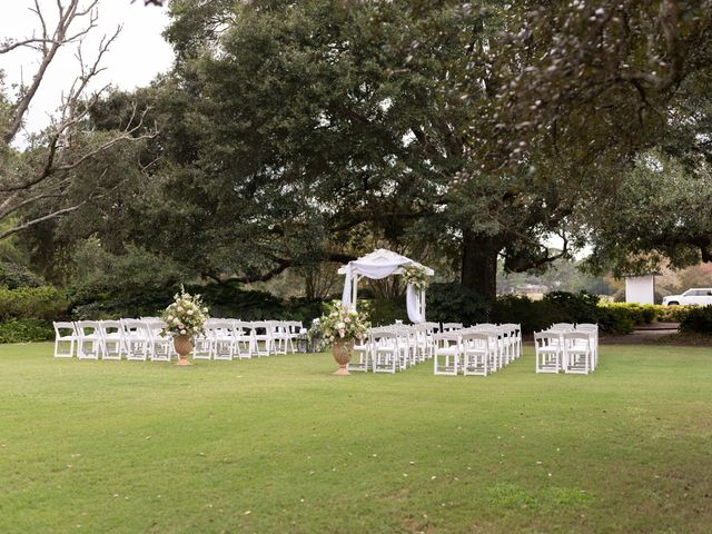 Jonathan and Taylor's Wedding in Pawleys Island, South Carolina 8