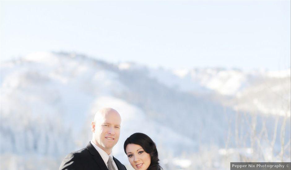 Real Weddings Weddingwire: Glam New Year's Eve Lodge Wedding, Wedding Real Weddings