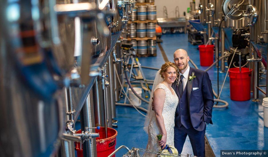 Kelly K. and Tony M.'s Wedding in Pewaukee, Wisconsin