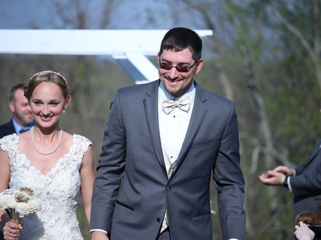 Michael and Katie's Wedding in Dry Ridge, Kentucky 9