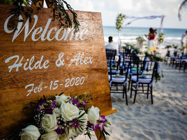 Alex and Hilde's Wedding in Cancun, Mexico 18