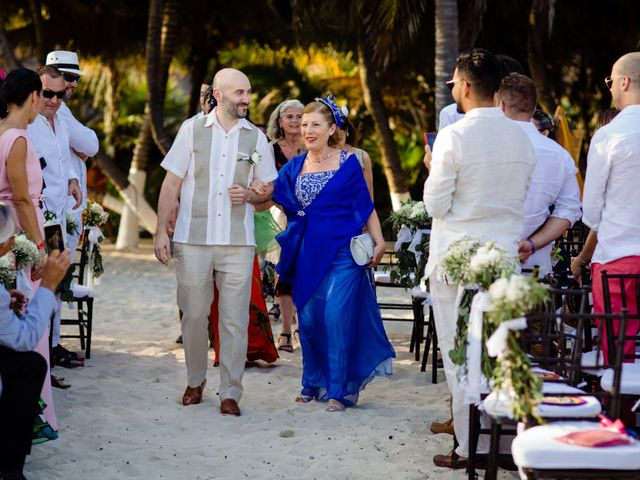Alex and Hilde's Wedding in Cancun, Mexico 24