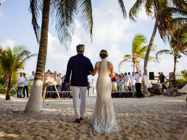 Alex and Hilde's Wedding in Cancun, Mexico 25