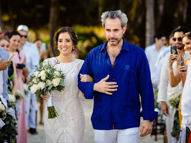 Alex and Hilde's Wedding in Cancun, Mexico 26