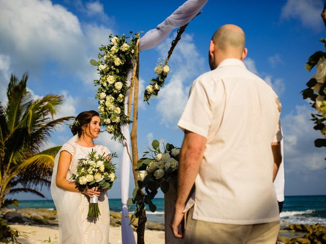Alex and Hilde's Wedding in Cancun, Mexico 33