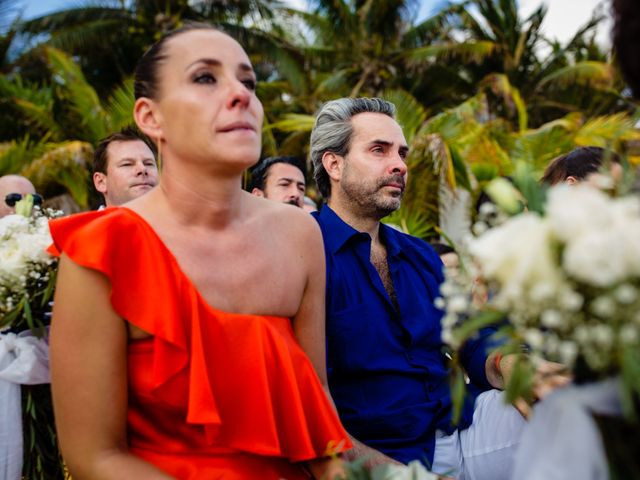 Alex and Hilde's Wedding in Cancun, Mexico 36