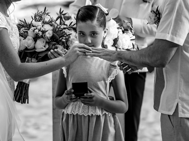 Alex and Hilde's Wedding in Cancun, Mexico 41