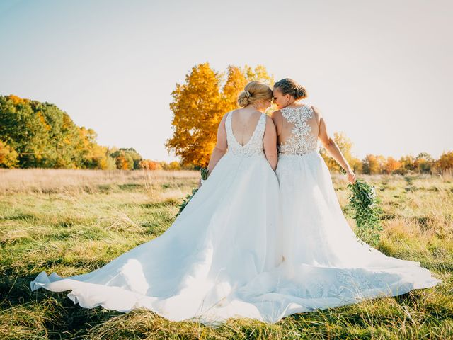 Becca and Leslie's Wedding in Grand Rapids, Michigan 19