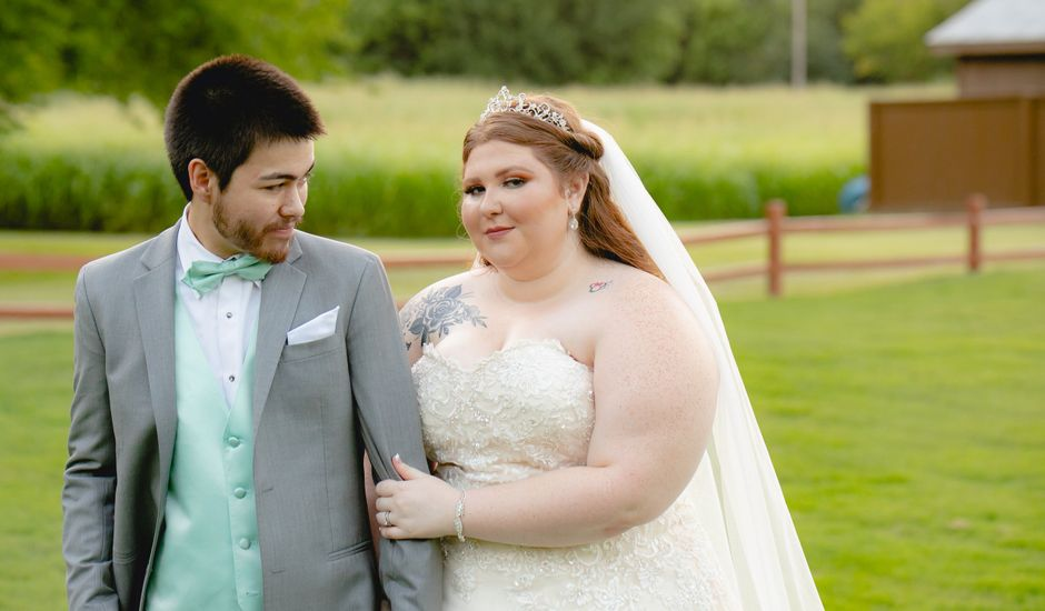 Matthew  and Brittany 's Wedding in Edmond, Oklahoma