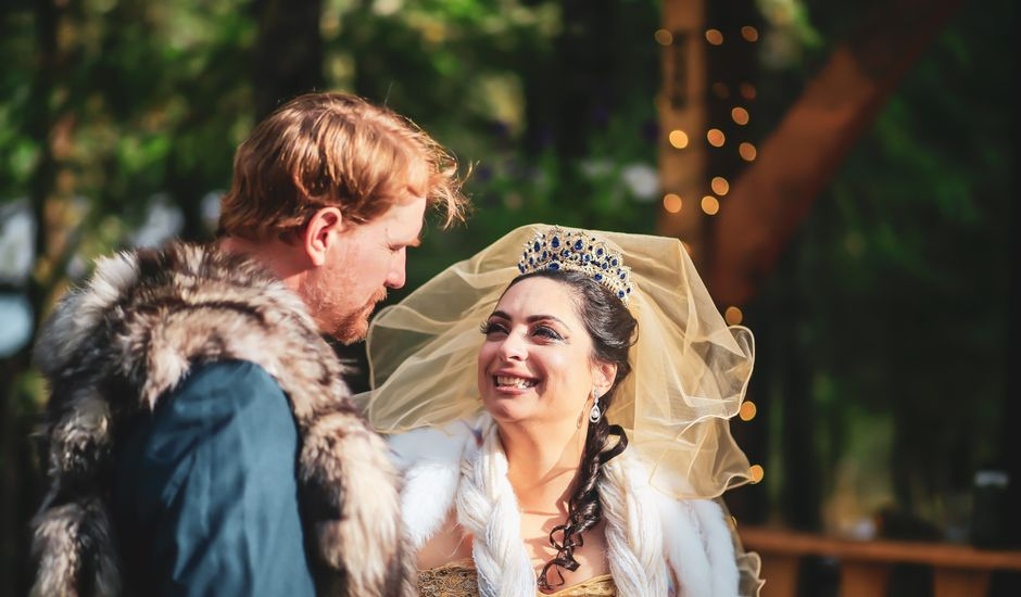 Scott and Alexandria 's Wedding in Skagway, Alaska