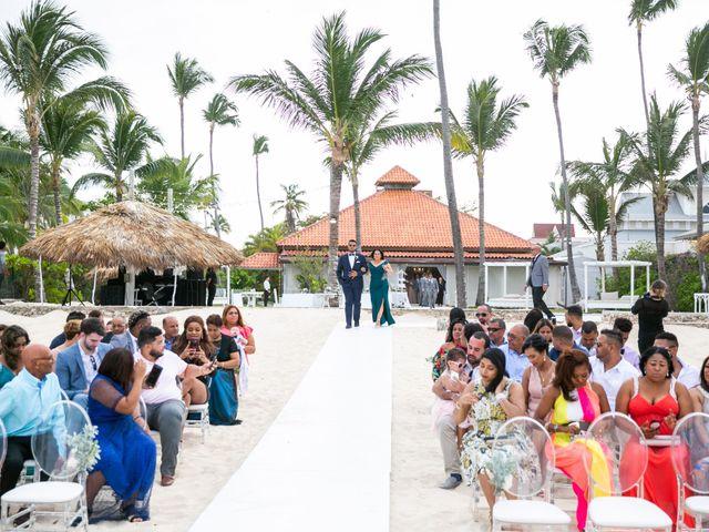 Vladimir and Yiliany's Wedding in Bavaro, Dominican Republic 50
