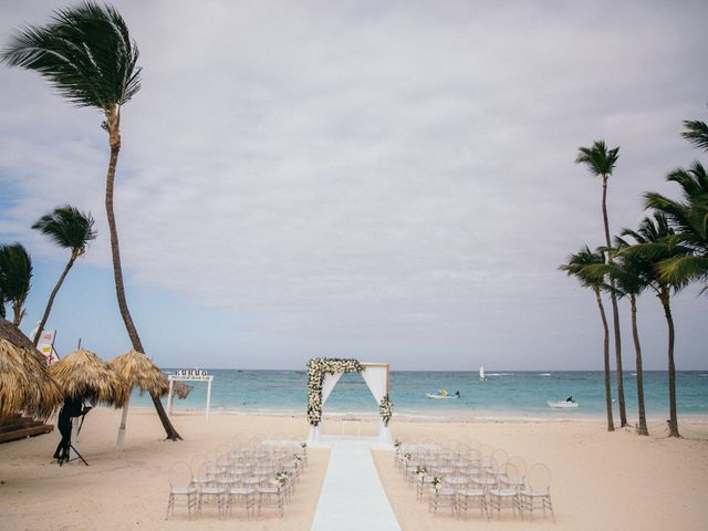 Vladimir and Yiliany's Wedding in Bavaro, Dominican Republic 43