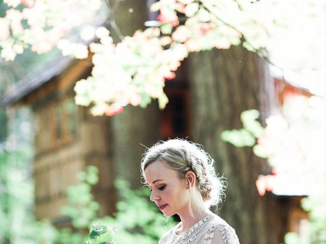 Alicia and Ryan's Wedding in Issaquah, Washington 4
