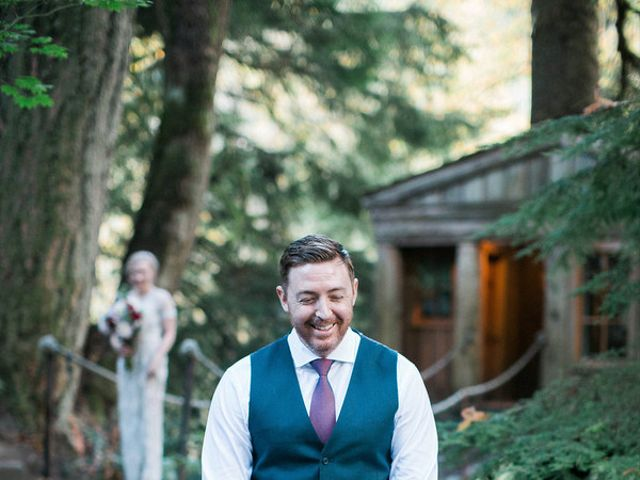 Alicia and Ryan's Wedding in Issaquah, Washington 9
