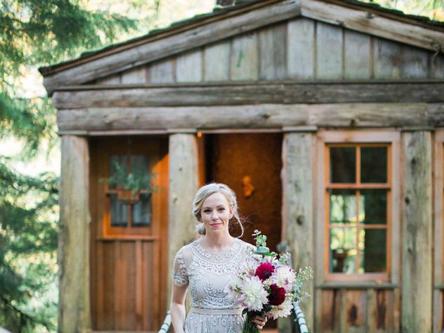 Alicia and Ryan's Wedding in Issaquah, Washington 8
