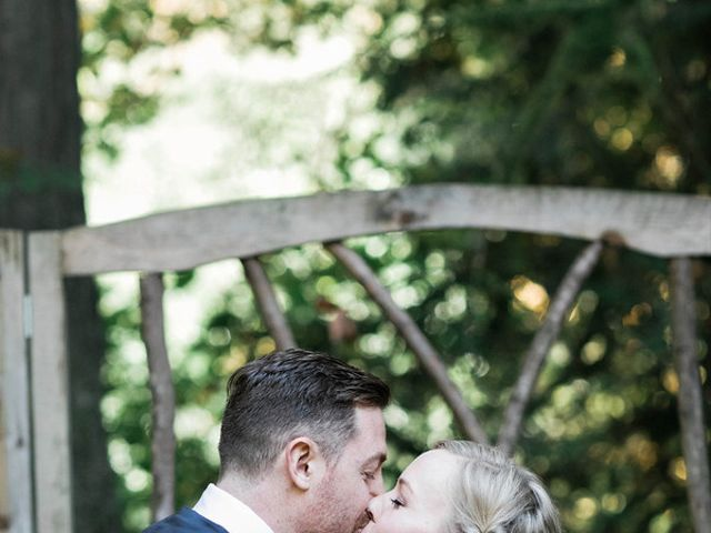 Alicia and Ryan's Wedding in Issaquah, Washington 15