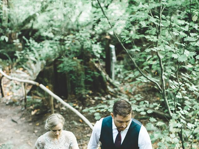 Alicia and Ryan's Wedding in Issaquah, Washington 20