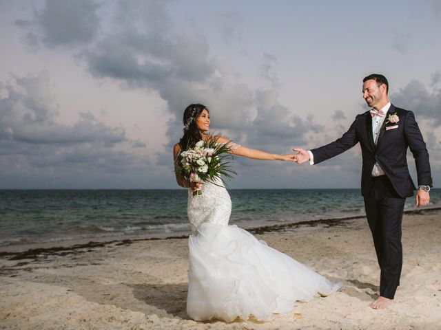 Stephen and Michelle's Wedding in Cancun, Mexico 27