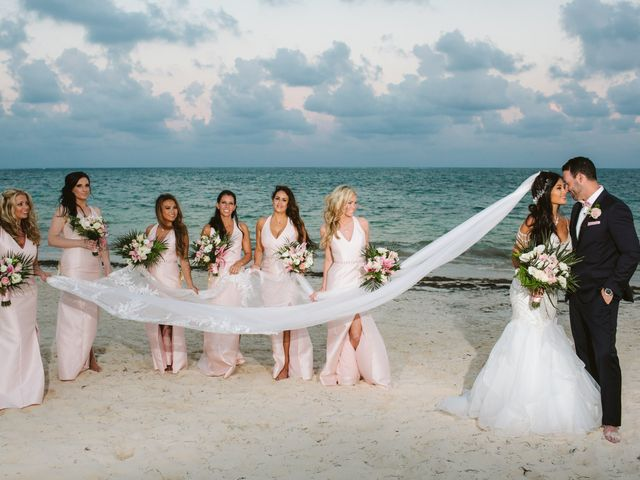 Stephen and Michelle's Wedding in Cancun, Mexico 30