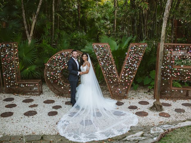 Stephen and Michelle's Wedding in Cancun, Mexico 32