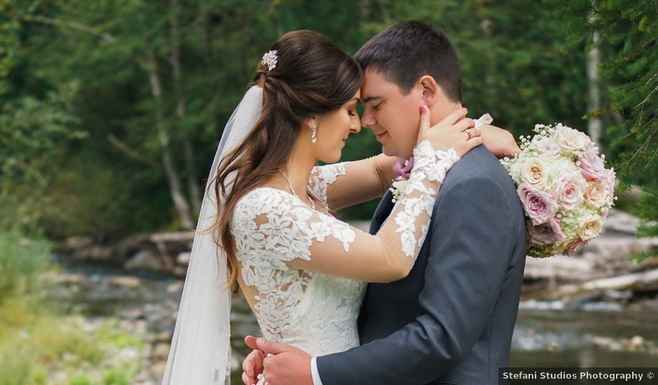 Kylie and Cameron's Wedding in Welches, Oregon