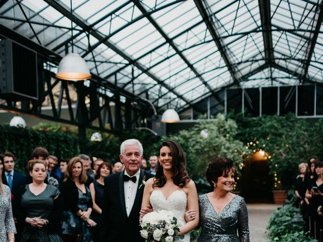 Lindsey and Travis's Wedding in West Bloomfield, Michigan 4