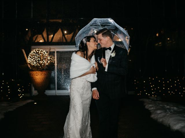 Lindsey and Travis's Wedding in West Bloomfield, Michigan 27