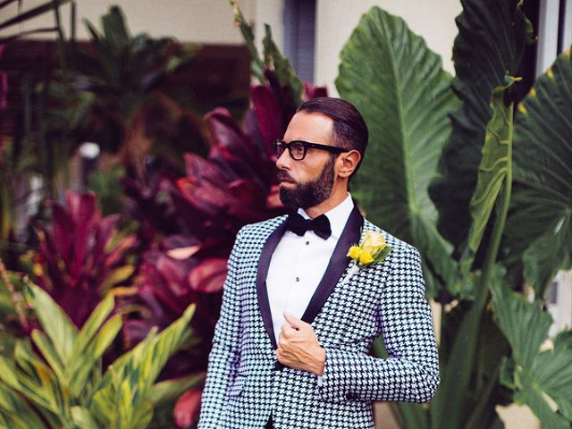 Ina and Luca's wedding in Hawaii 4