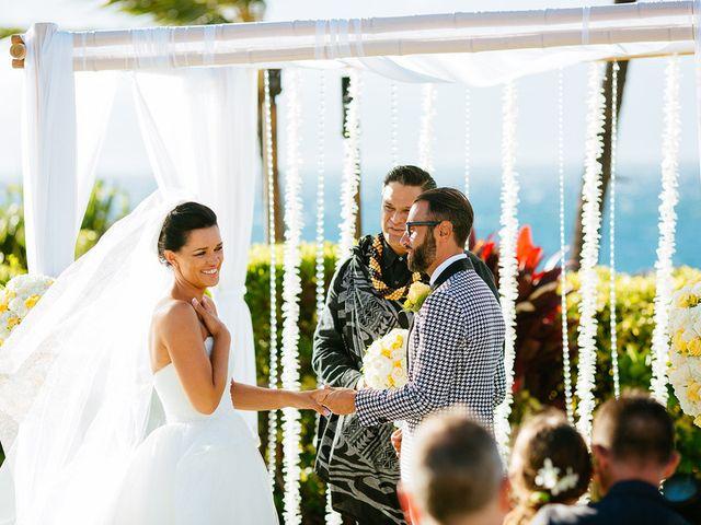 Ina and Luca's wedding in Hawaii 9