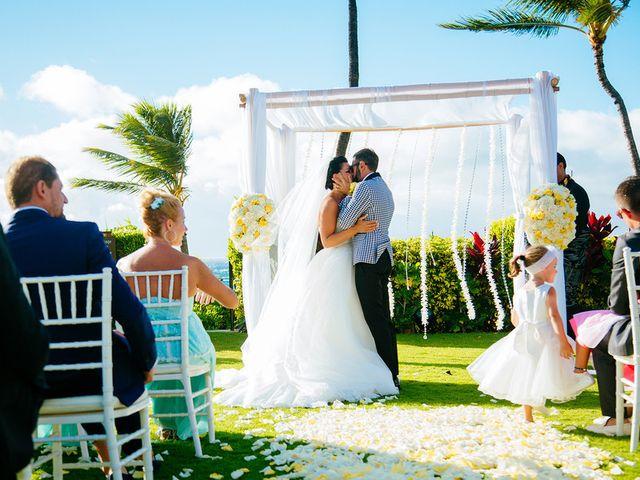 Ina and Luca's wedding in Hawaii 10
