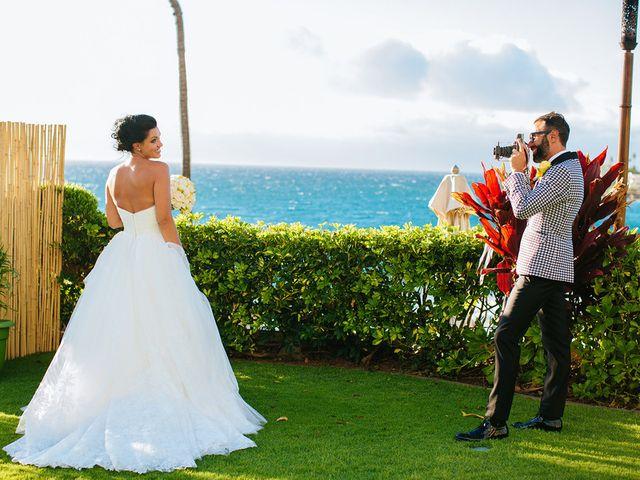 Ina and Luca's wedding in Hawaii 16