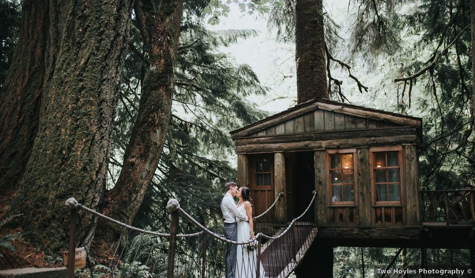 Chelsea and Adam's Wedding in Seattle, Washington