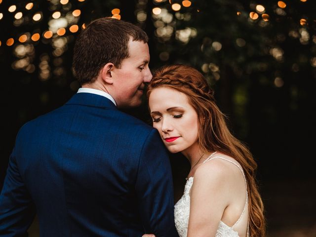 Kyle and Lacey's Wedding in Bowling Green, Kentucky 4