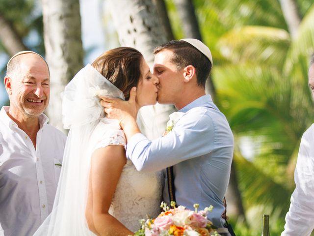 Gaby and Alan's Wedding in Kapolei, Hawaii 15