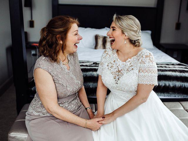 Jenny and Chris's Wedding in Cincinnati, Ohio 9
