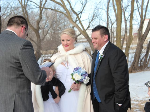 Melissa and Jeffrey's Wedding in Fergus Falls, Minnesota 8