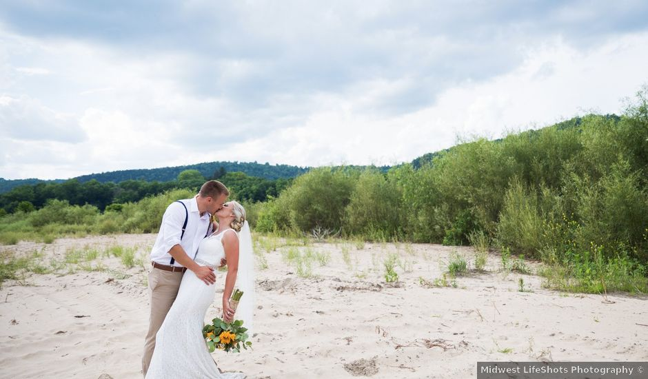 Alex and Kendra's Wedding in La Crosse, Wisconsin