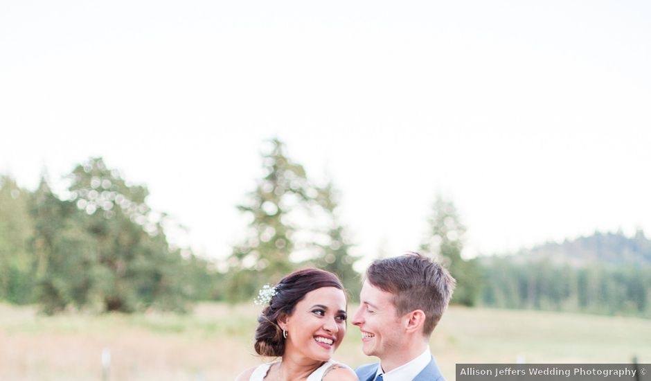 Camille and Anthony's Wedding in Lebanon, Oregon