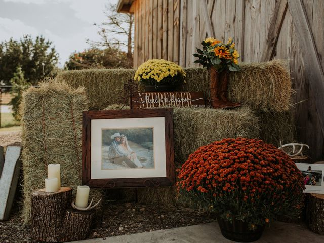 Reed and Leean's Wedding in Thrall, Texas 2