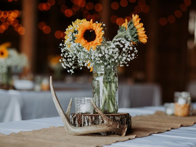 Reed and Leean's Wedding in Thrall, Texas 6