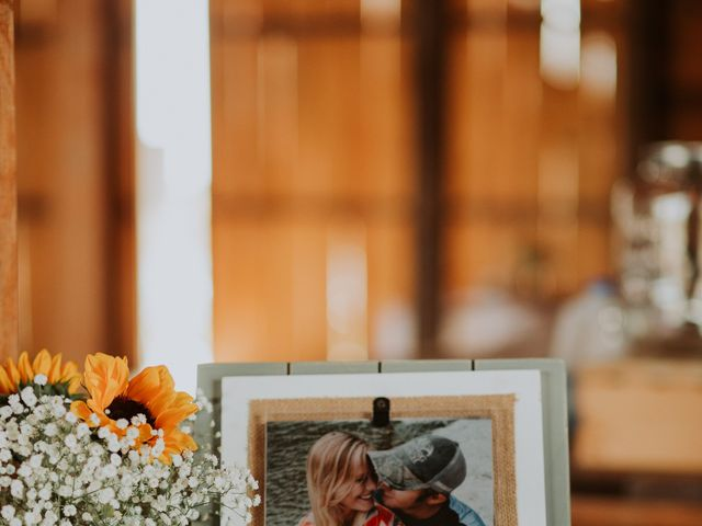 Reed and Leean's Wedding in Thrall, Texas 7