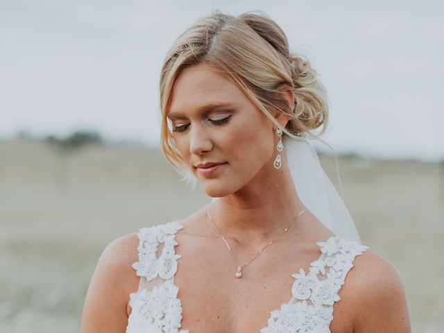 Reed and Leean's Wedding in Thrall, Texas 13
