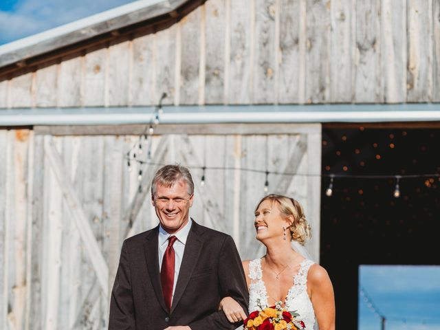 Reed and Leean's Wedding in Thrall, Texas 14