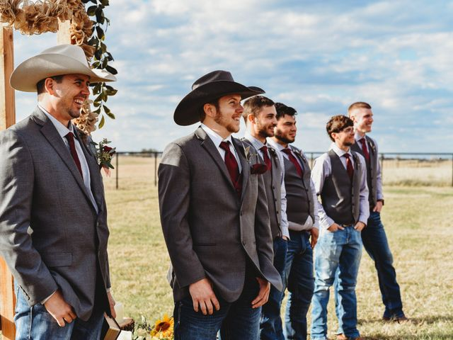 Reed and Leean's Wedding in Thrall, Texas 15