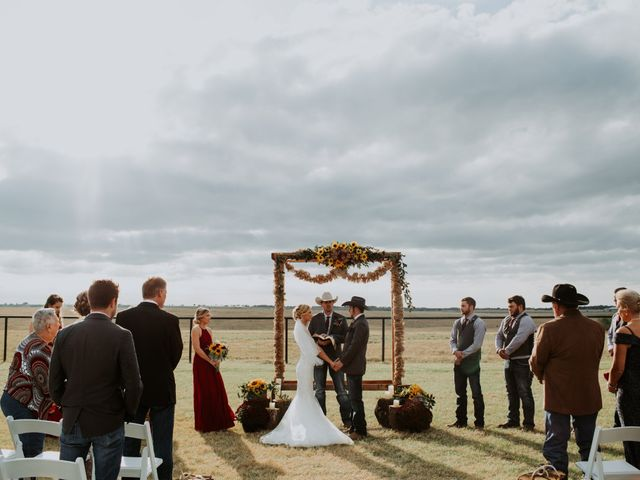 Reed and Leean's Wedding in Thrall, Texas 16