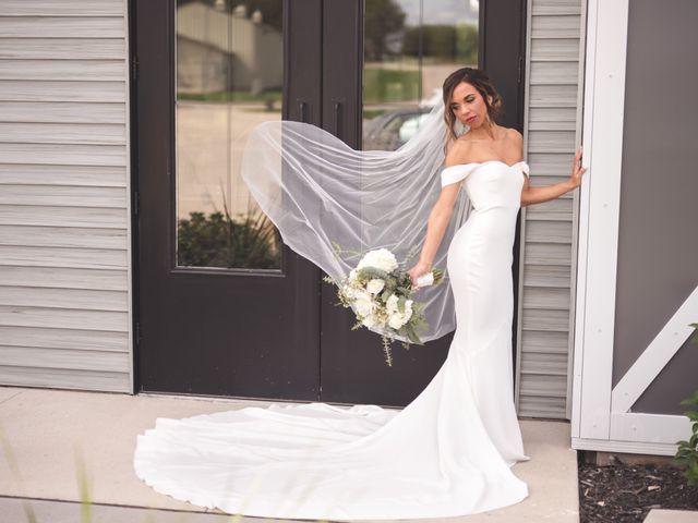 Zach and Olivia's Wedding in Cedar Rapids, Iowa 16