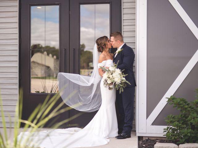 Zach and Olivia's Wedding in Cedar Rapids, Iowa 17