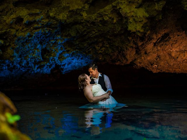Julie and Herman's Wedding in Cayo District, Belize 9