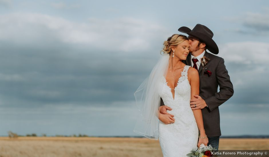 Reed and Leean's Wedding in Thrall, Texas